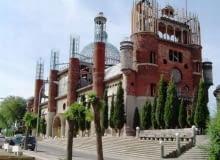 Katedra z odpadków, hiszpania
