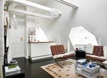 mieszkanie na poddaszu, małe mieszkanie, trudny układ mieszkania, kawalerka, jak urządzić mieszkanie ze skosami, skosy w mieszkaniu