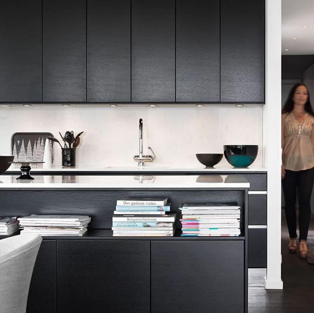 Czarne Meble Kuchenne Stają Się Modne Nowy Trend Domosfera