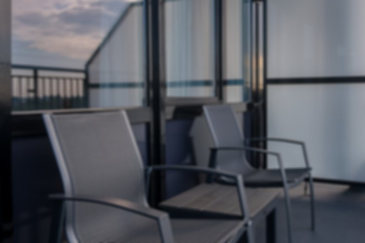 WEB-EXTRA-Balkon-Lens-Blur-Backdrop