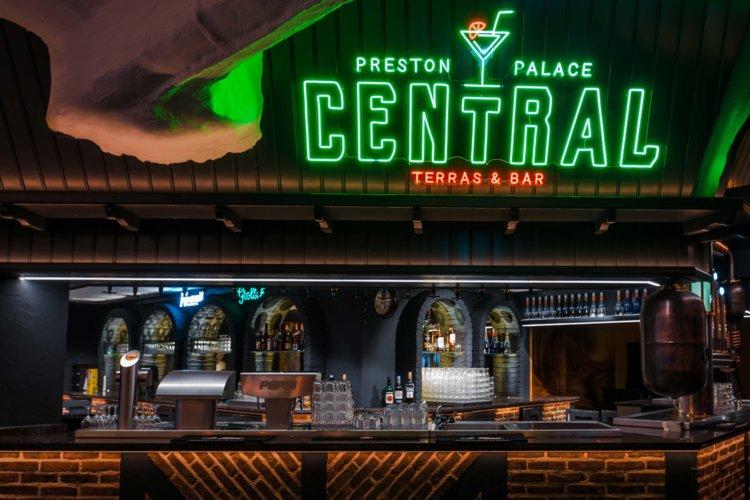 Preston-Palace-Central-Barr