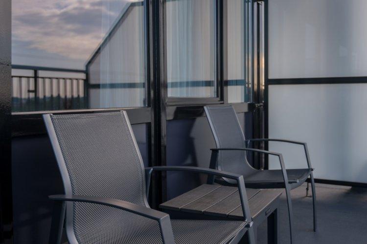 WEB-EXTRA-Balkon