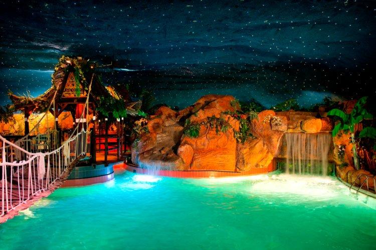 Het_subtropisch_zwemparadijs_Preston_Palace