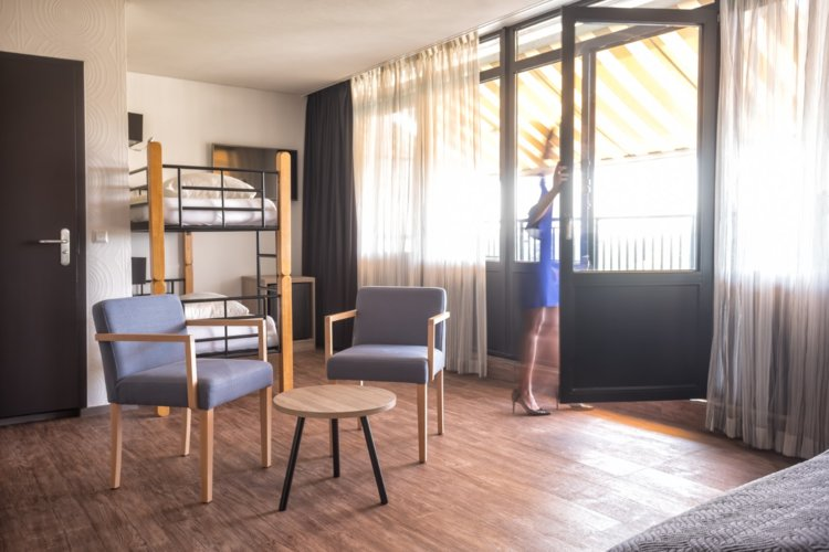 WEB-Balkon-Hotelkamer-4e-etage-Agnes
