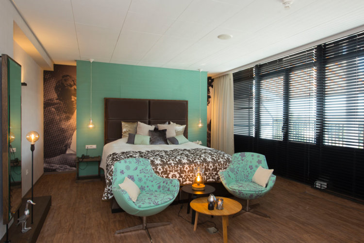 Luxe_Suite_Preston_Palace