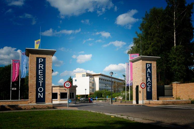 Entree_Preston_Palace_All-in_Hotel_Uitgaanscentrum_