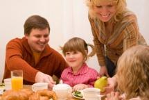 на закуска с цялото семейство и здравословните храни
