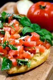 Средиземноморската кухня  – изключително вкусна и удължаваща живота