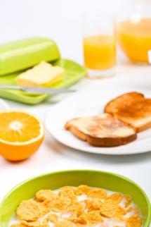 Портокал от сок  припечени  филийки и корнфлекс