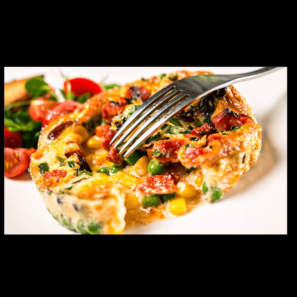 Омлет с чоризо и зеленчуци