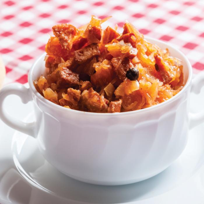 Бигос - ястие със зеленчуци, гъби и месо