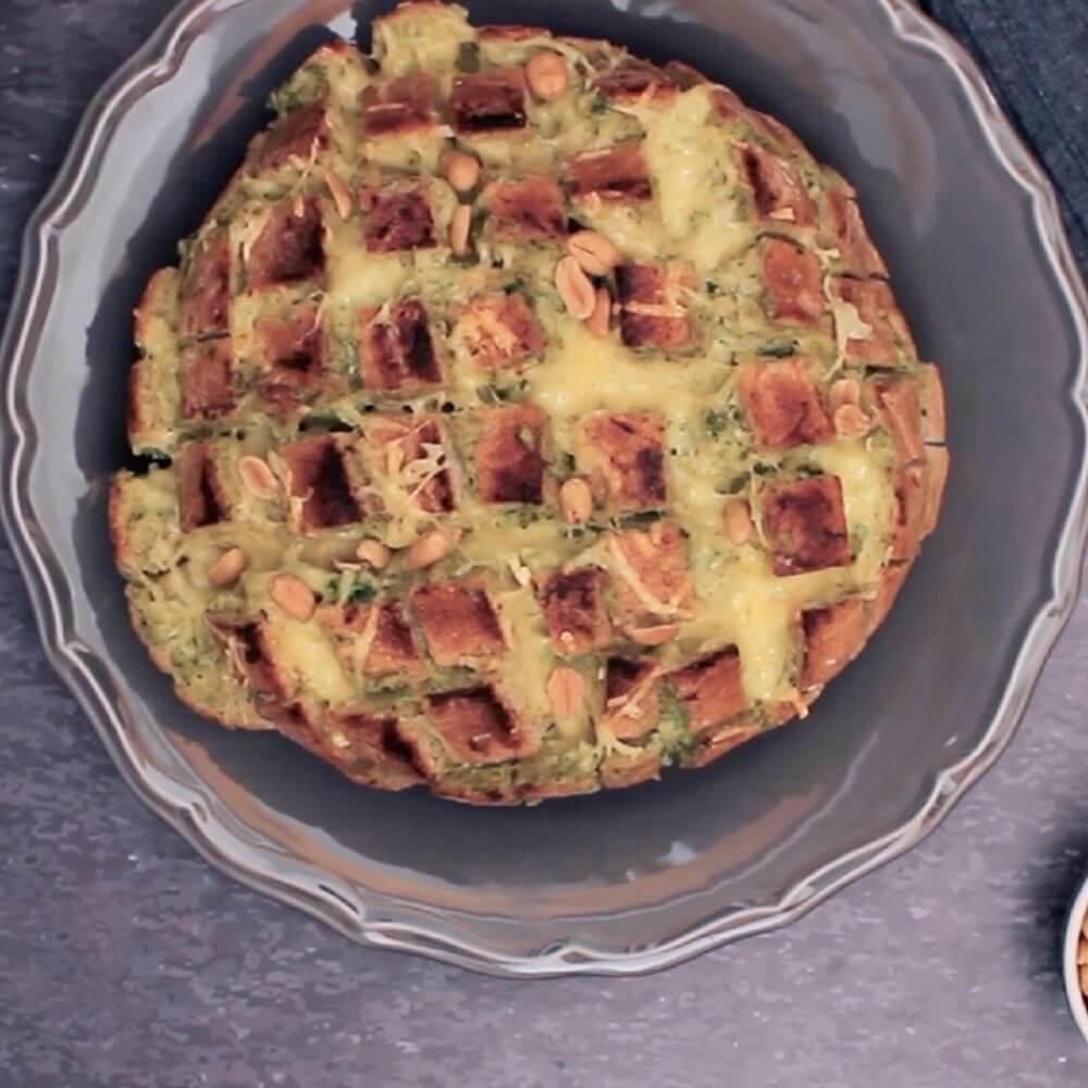 Pečeni kruh s namazom od brokule