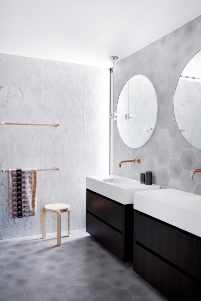 Design practice Adele Bates, has completed the interiors of a modern home in Melbourne, Austra...jpg