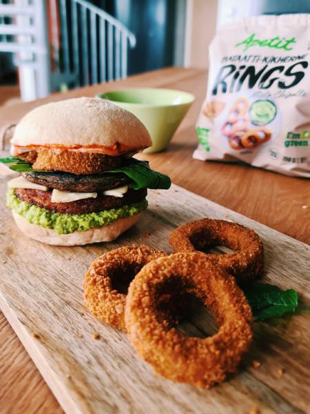 Rings-burgeri hernehummuksella