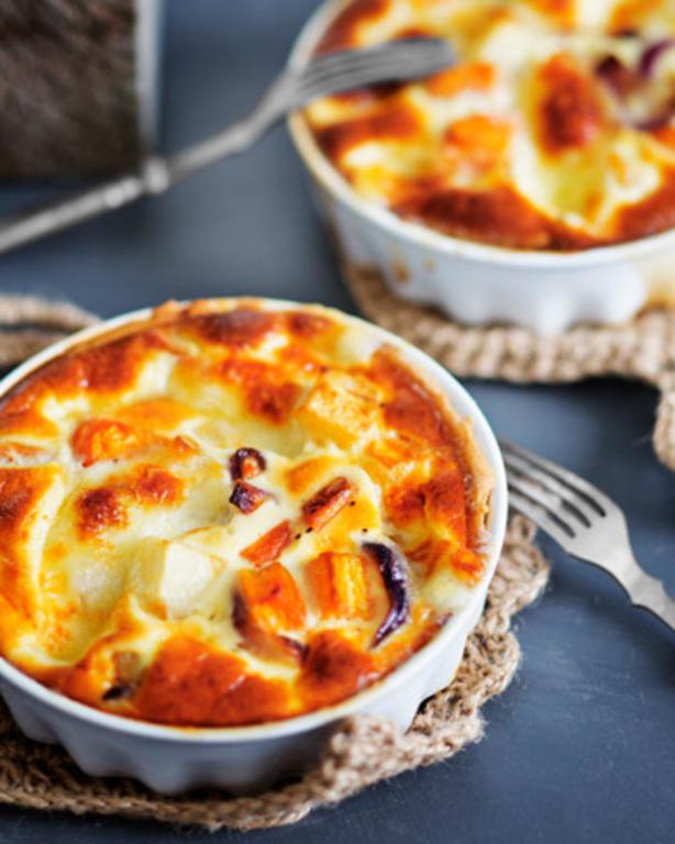 Mozzarella-kasvispiirakka
