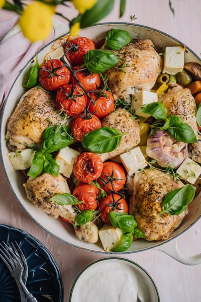Kreikkalainen kana-kasvispelti & sitruunajogurtti