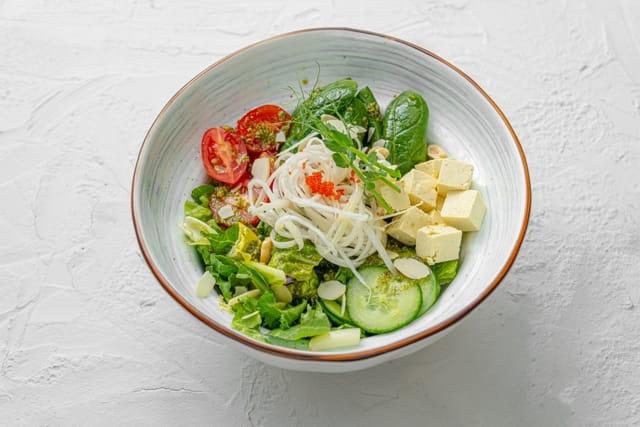 Летний салат с сыром Тофу