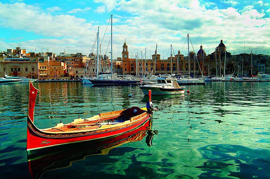 Boat in Vittoriosa Marina, Malta