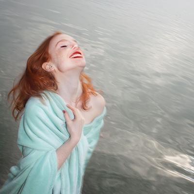 Marla, portrait d'une femme joyeuse