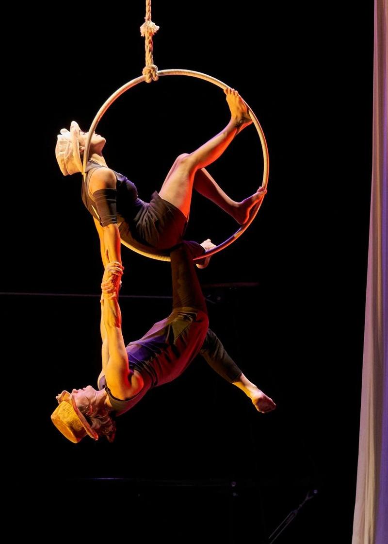 Julietas, Romeo circo