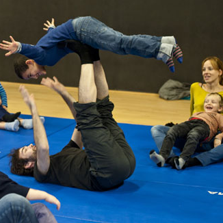 Kid & parent circus workshop