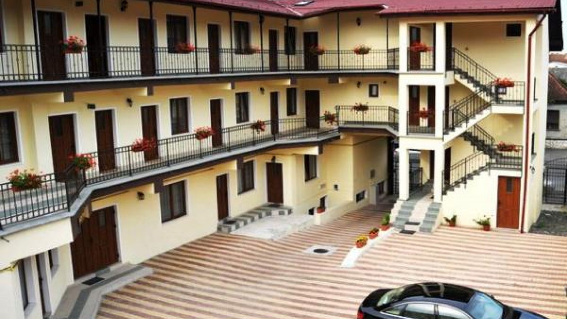Long Street Hotel Gallery