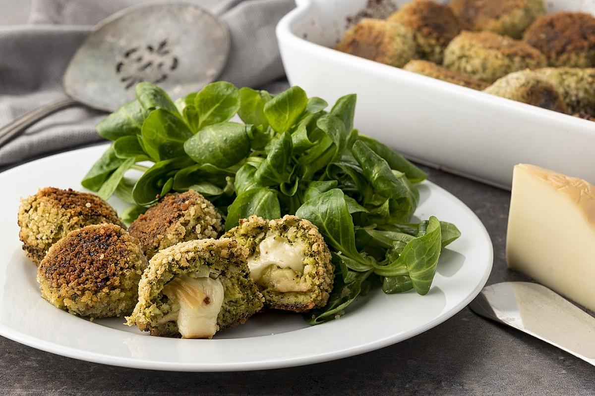 Polpette di broccoli con scamorza affumicata