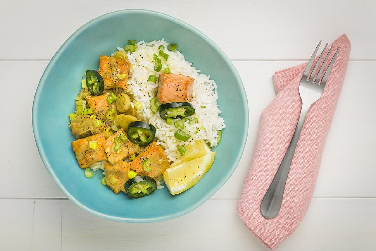 Curry di pesce con riso aromatico
