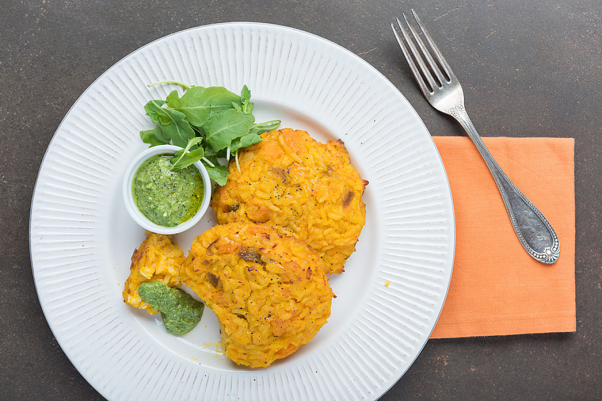 Tortini di zucca e riso con salsa di rucola