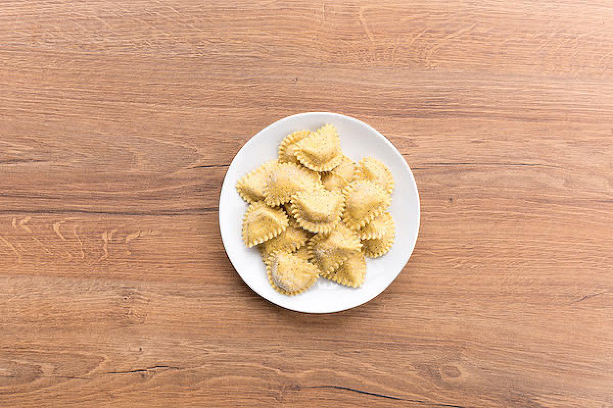 Ravioli saraceni breasaola e rucola