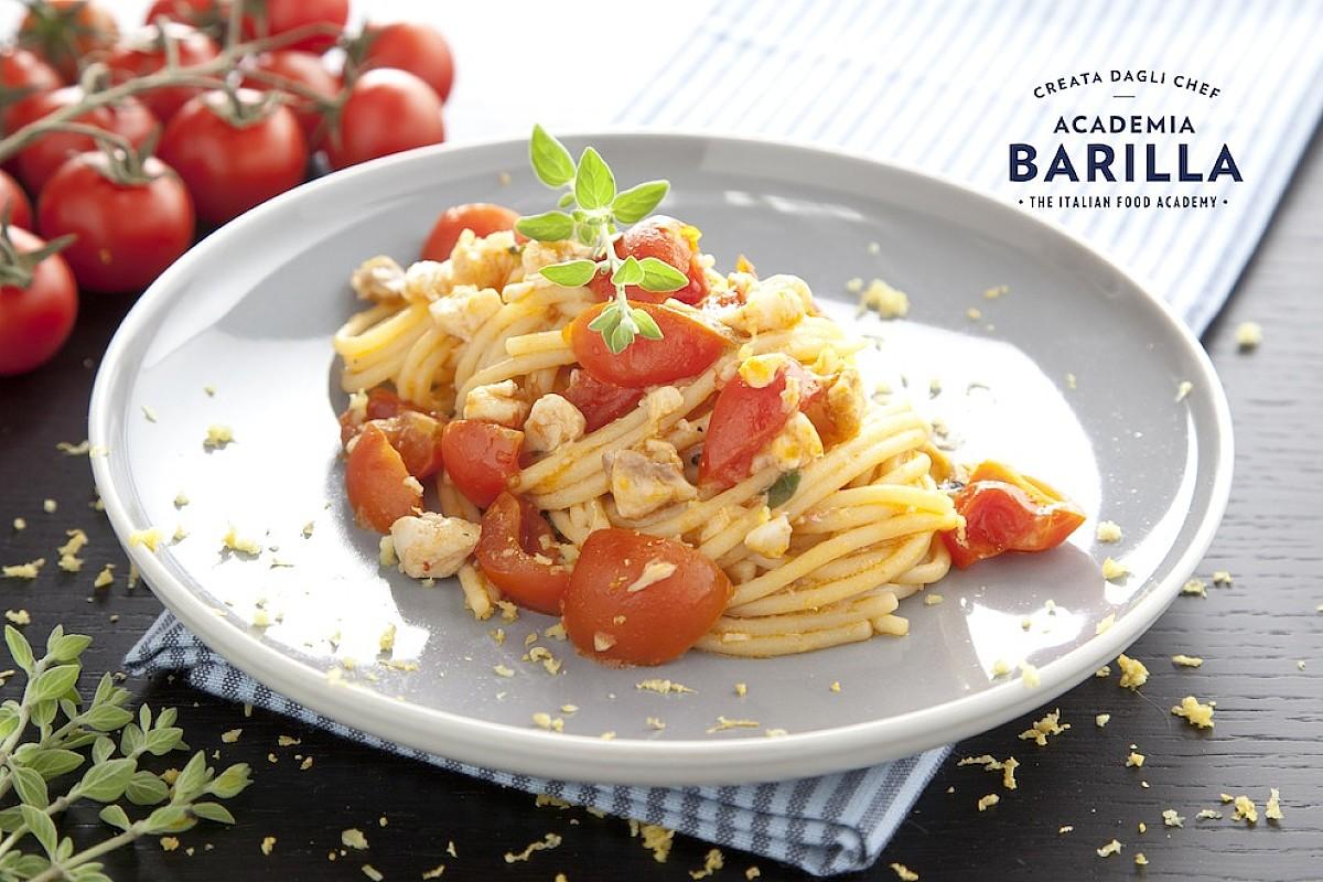 Spaghetti con gallinella e origano