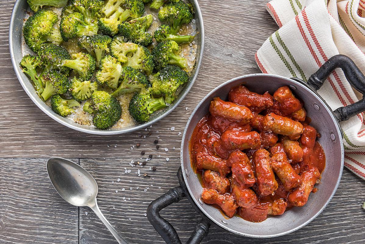 Luganega al sugo e broccolo gratinato