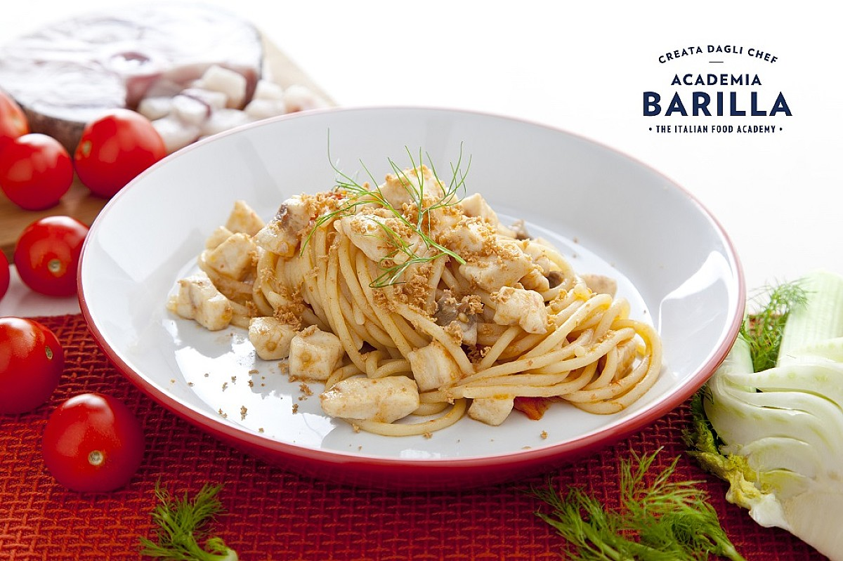 Spaghetti con spada, finocchio e bottarga