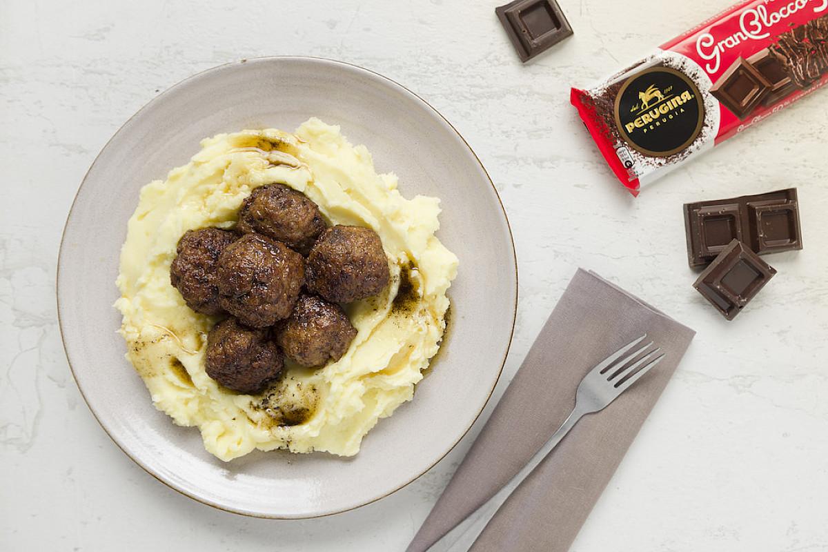Polpette di vitello con cioccolato Perugina® GranBlocco Fondente Extra 50% e chipotle