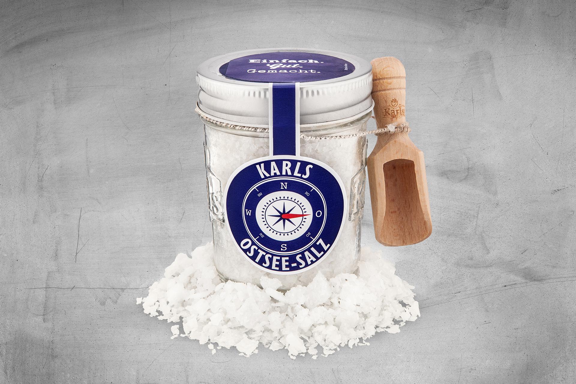 Ein Glas Ostsee-Salz aus Karls Manufaktur