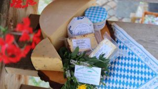Ohe-Taler Käse  von Hofkäserei Ecker in Grafenau