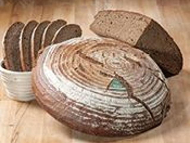 Schwarzbrot Sauerteigbrot Schwarzbrot  von Bio-Bäckerei Wagner in Ruderting