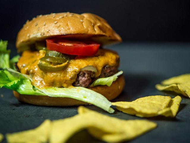 Chili Cheese Cheeseburger  von Burgerhaus Zweite Heimat in Passau