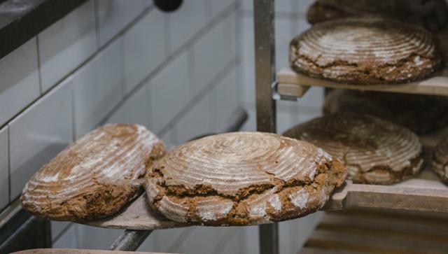 Bauernbrot Natursauerteigbrot Holzofenbrot Bauernbrot  von GRAFMÜHLE - Bioholzofenbäckerei & Biomühle in Thyrnau