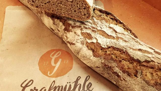 Brotbaguette Brotbaguette Holzofenbrot Natursauerteigbrot  von GRAFMÜHLE - Bioholzofenbäckerei & Biomühle in Thyrnau