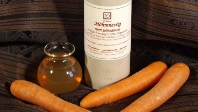 Möhrenessig Karottenessig  von Hedonna - Lebenswürdigkeiten in Ortenburg