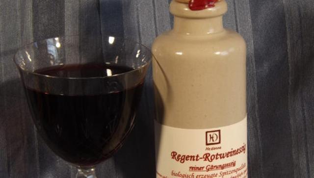 Regent-Rotweinessig  von Hedonna - Lebenswürdigkeiten in Ortenburg