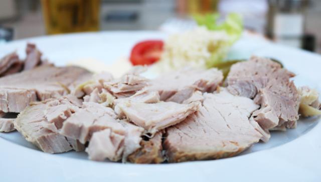 Kalter Braten Kalter Braten Zwischenmahlzeit Abendessen  von Gasthaus Goldenes Schiff in Passau