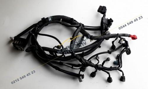 Nissan Qashqai Juke Motor Tesisatı 1.6 16V HR16DE 24011BC21C