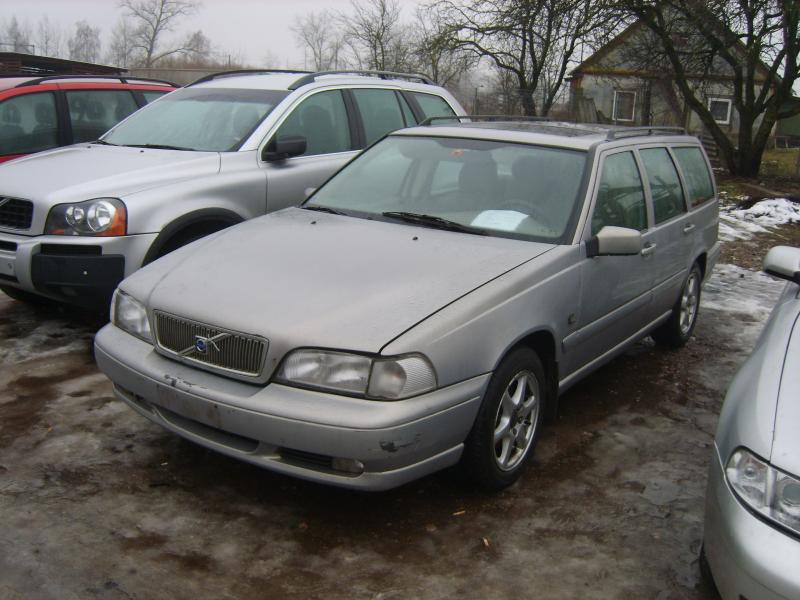 Volvo v70-0