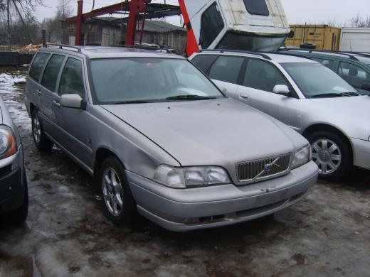 Volvo v70-2