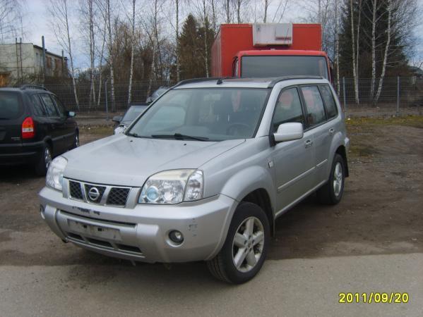 Nissan x trail-0