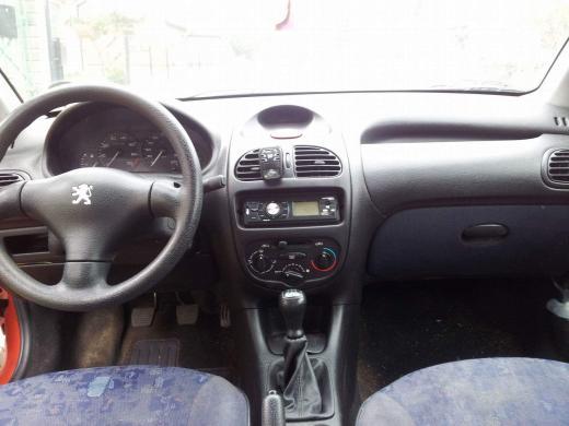 Peugeot 206-3