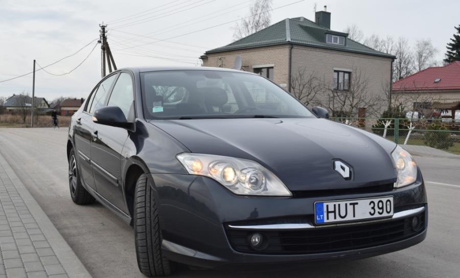Renault Laguna-0
