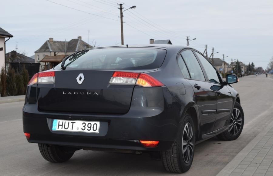 Renault Laguna-5